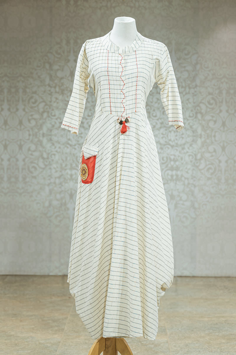 Picture of Breezy White Tunic