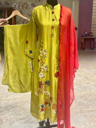 Picture of Long Silk Kurta With Thread Embroidery Set