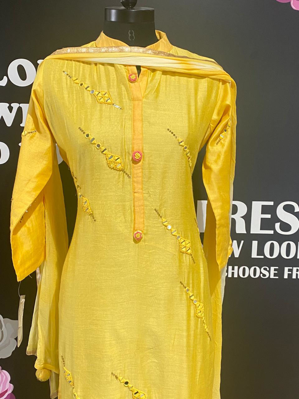 Picture of Long Tunic With Chiffon Dupatta