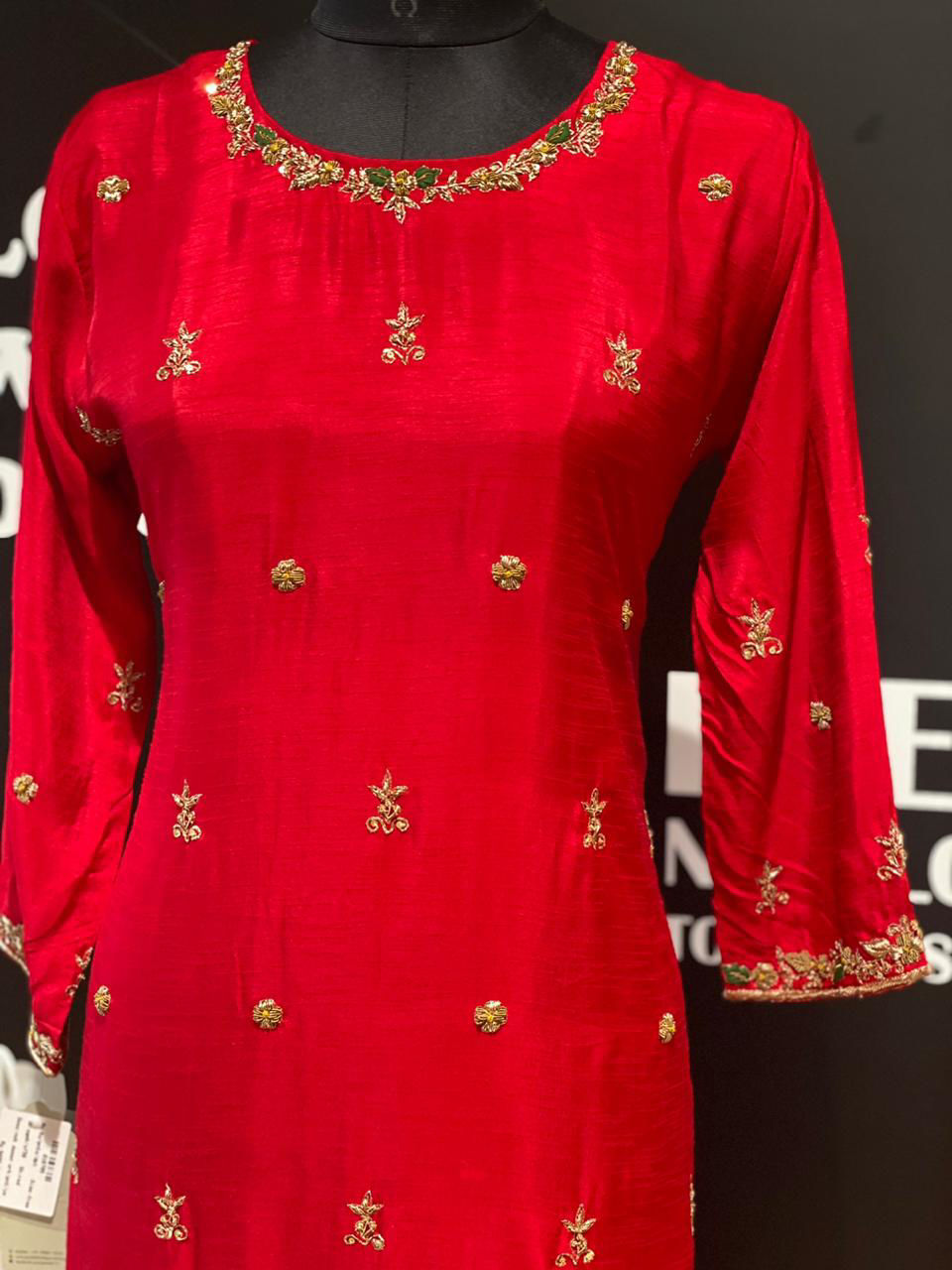 Picture of Pure Silk Zardozi Work Kurta With Pants And Organza Dupatta
