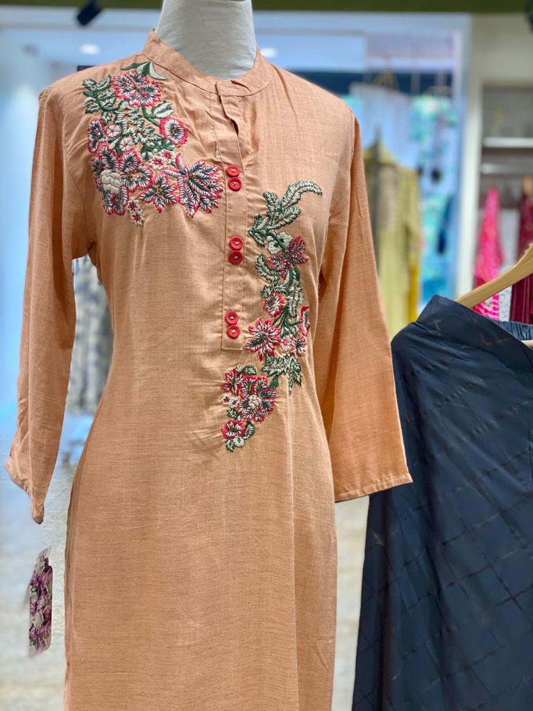 Picture of Cotton Straight Cut Tunic With Embroidery And Palazzo