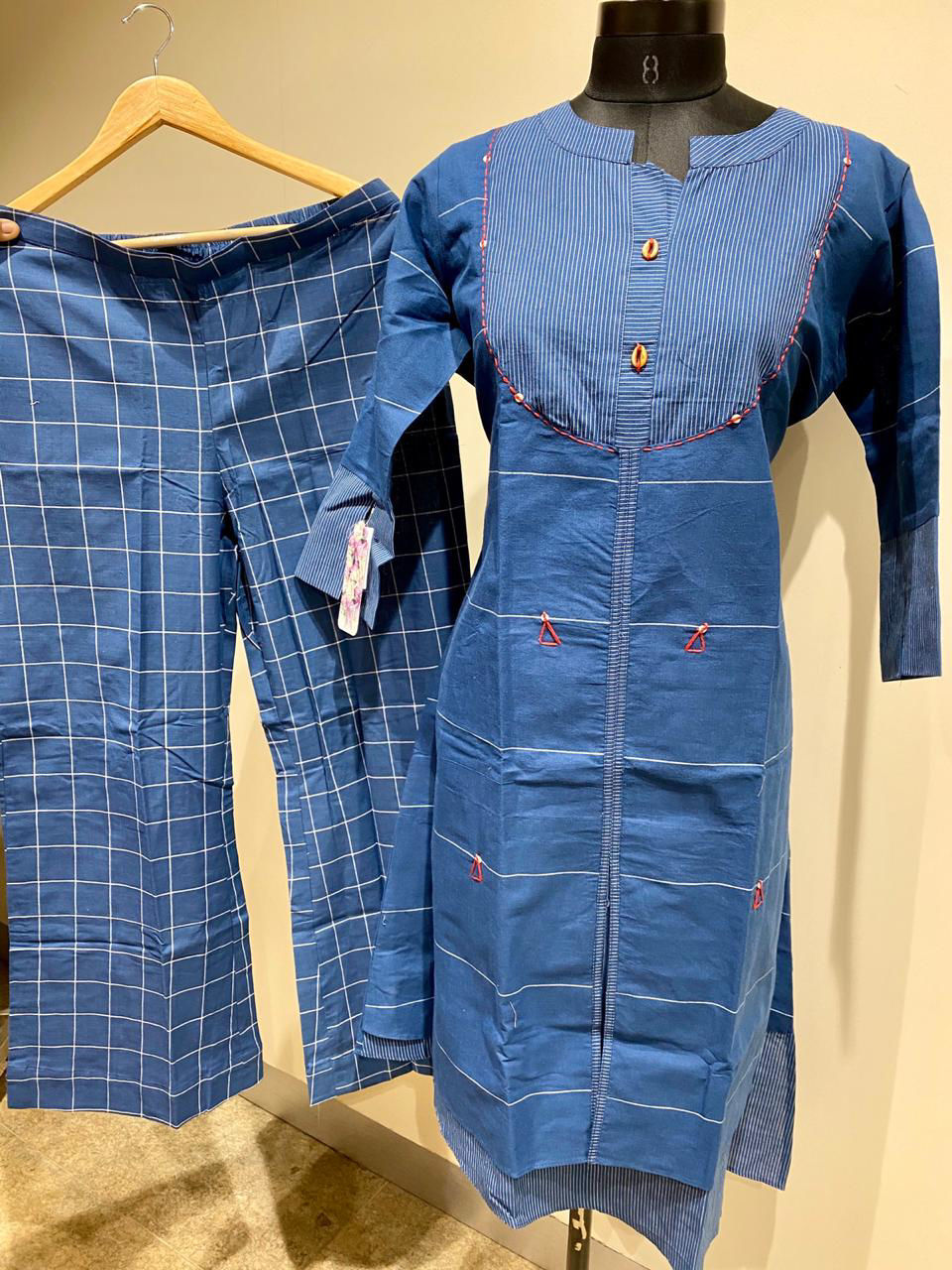 Picture of Pure Handloom Cotton Tunic In checks Weaving Pants