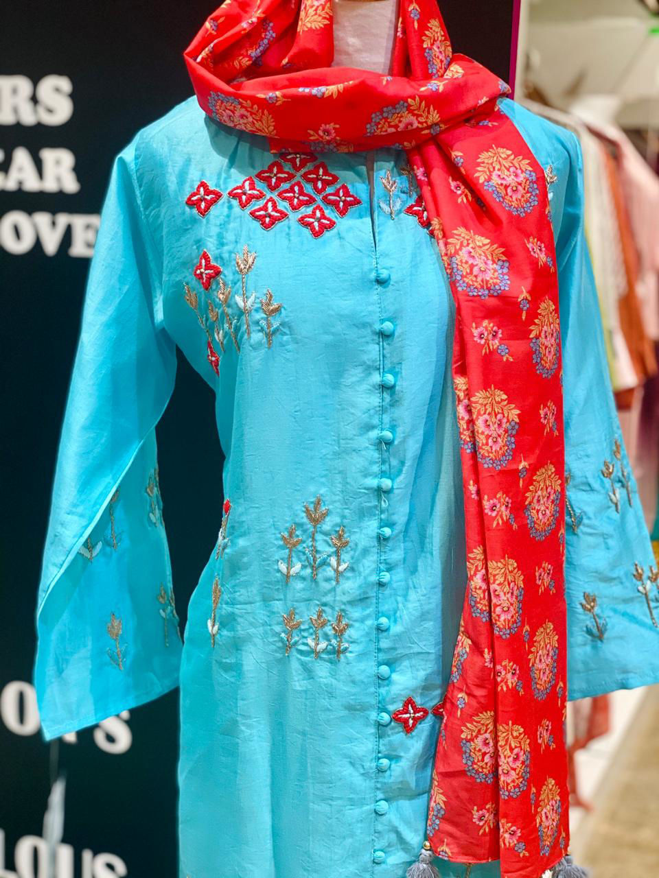 Picture of Pure Chanderi Silk Tunic With Zardozi Work And Dupatta - Blue