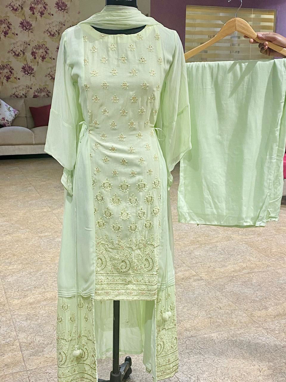 Picture of Pure Georgette Tunic With Lucknowi Style Thread Work With Dupatta And Palazzo