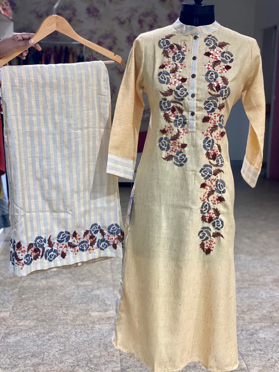 Picture of Pure Linen Based Cotton Tunic With Weaving Palazzo