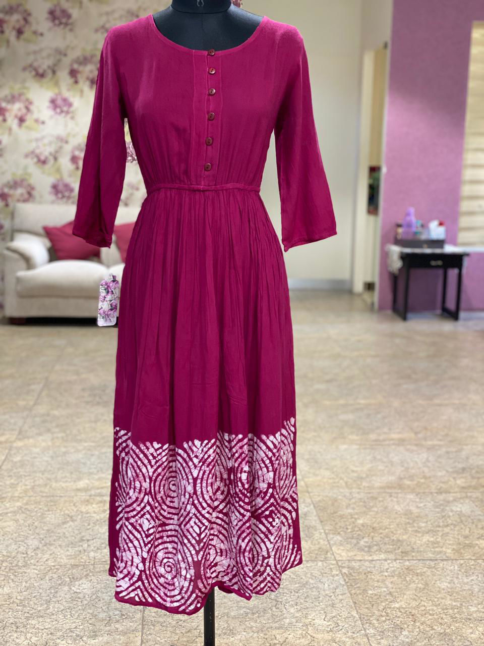 Picture of Comfort fit one piece dress in Crush cotton....with batik down